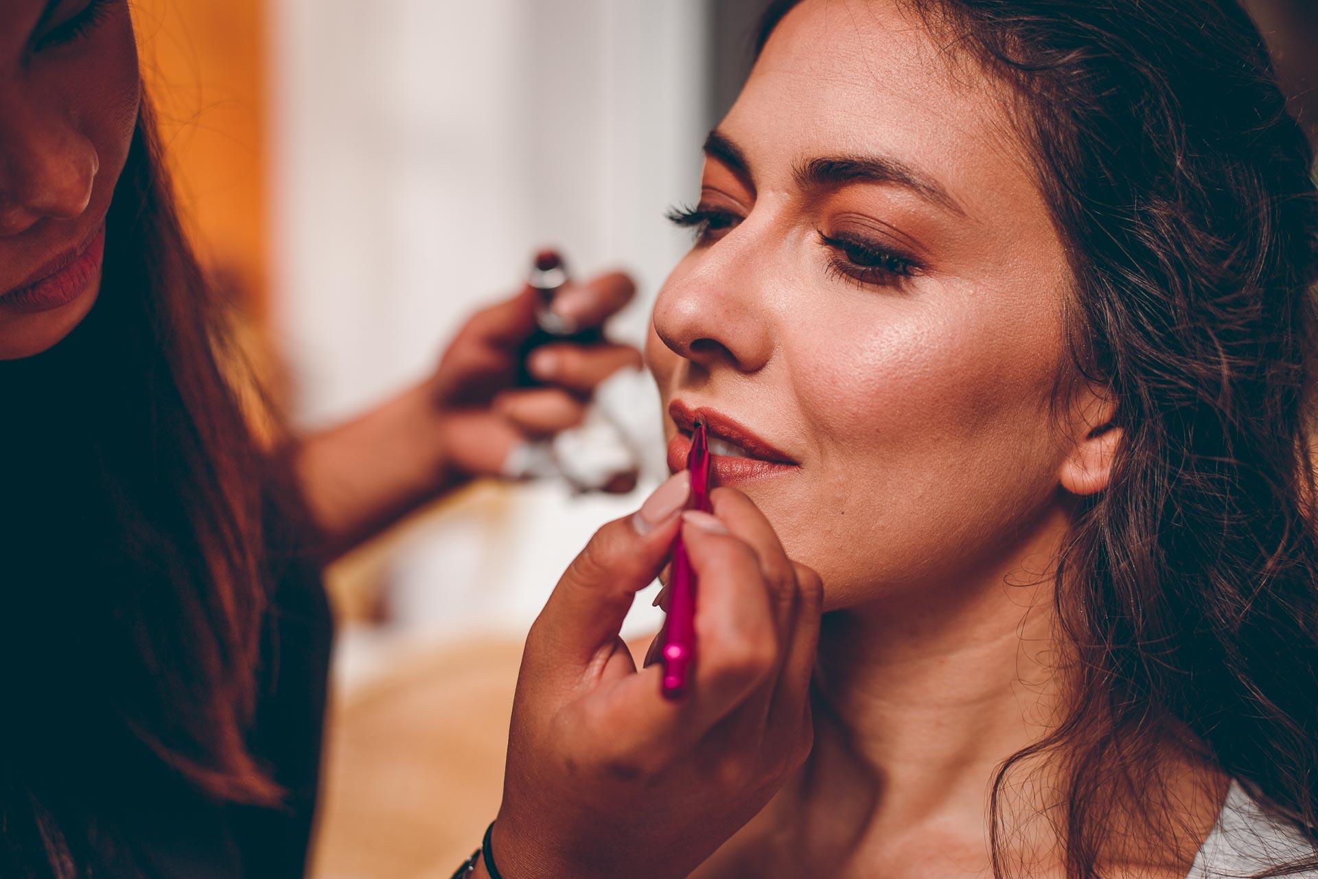 Braut Schminke Make Up für natürliche Boho Hochzeit im Vintage Stil